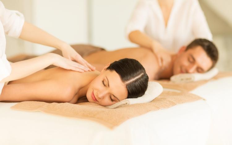 massage-couple